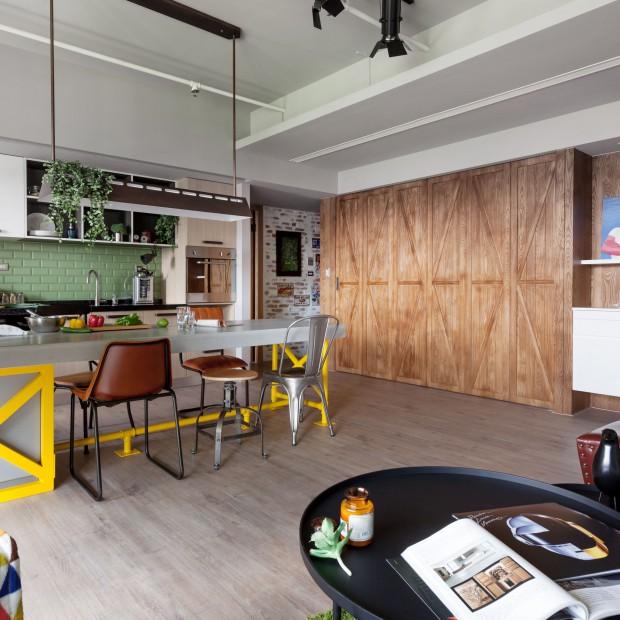 Rodzinne wnętrze. Funkcjonalne mieszkanie w stylu loft