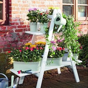 Oryginalna dekoracja sprawdzi się w ogrodzie o każdej porze roku. Fot. Bosch.