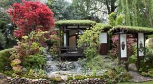Japońskie ogrody urzekają spokojem, harmonią i równowagą. Mogą stać się ciekawą inspiracją do stworzenia własnego ogrodu, miejsca zachęcającego do odpoczynku i wyciszenia.