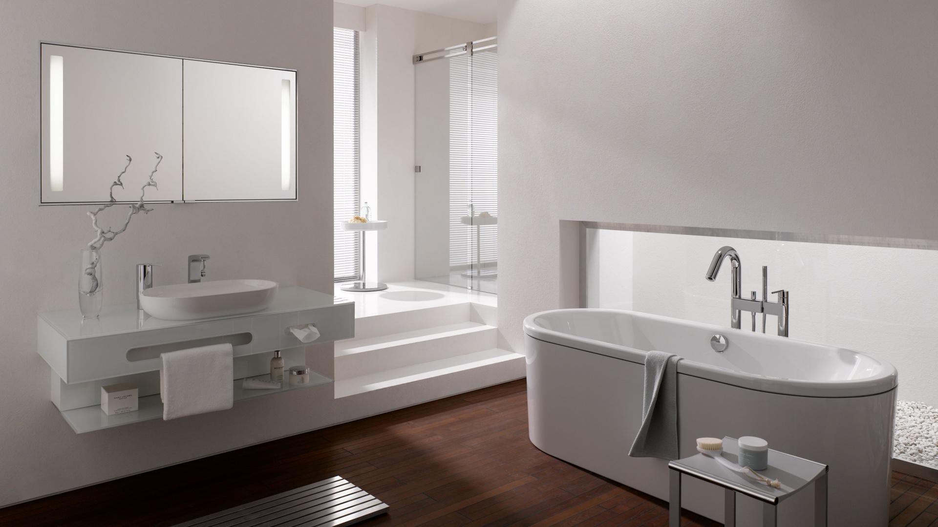 Biała łazienka 15 Pięknych Aranżacji