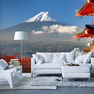 Fototapeta powiększająca przestrzeń z motywem prosto z dalekiej Japonii. Widok na wulkan stwarza złudzeni głębi. Fot. Picassi.pl.