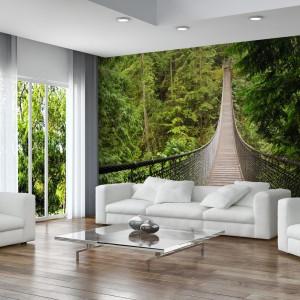 Fototapeta z motywem lasu. Most zwodzony optycznie powiększy przestrzeń. Fot. Minka.pl.