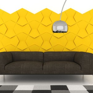 Wyłożenie ściany miękkimi panelami przypominającymi w dotyku aksamit sprawi, że ściana stanie się cieplejsza, a wnętrze bardziej przytulne. Producent: Fluffo Fabryka Miękkich Ścian, Fot. Fluffo.