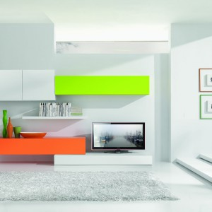 Wyraziste, często kontrastujące ze sobą kolory to atrybuty stylu nowoczesnego. Fot. Giessegi.
