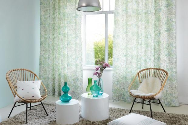 Aranżacja okien: eleganckie firany i zasłony