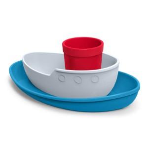 Zestaw naczyń dedykowanych chłopcom, który w komplecie przypomina statek. Fot. The Gift Oasis.