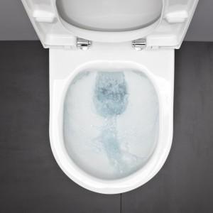 Laufen Pro Rimless – brak wewnętrznego kołnierza gwarantuje łatwe utrzymanie higieny; opcjonalnie powłoka  Laufen Clean Coat (LCC) zapobiegająca osadzaniu się nieczystości; innowacyjny system spłukiwania idystrybucji wody: zużycie 4,5 lub 3 l; niewidoczny system  montażu EasyFit. Prod. Laufen/Roca. Cena: od1.046 zł. Fot. Laufen.