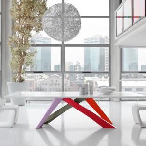 Kiedy po raz pierwszy zobaczyłem Big Table dla włoskiego producenta Bonaldo, od razu byłem przekonany, że jest to produkt warty nagrody. To komentarz Dietera Van Den Burza, dyrektora artystycznego Interieur i członka jury konkursowego. Fot. Bonaldo.