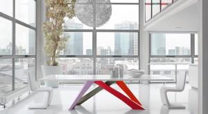 Alain Gilles jest twórcą jednych z najbardziej interesujących produktów marki Bonaldo. Między innymi dzięki tym projektom zyskał prestiżowy tytuł Designera Roku 2012. Czy zasłużenie? Oceńcie sami jego stoły i stoliki.