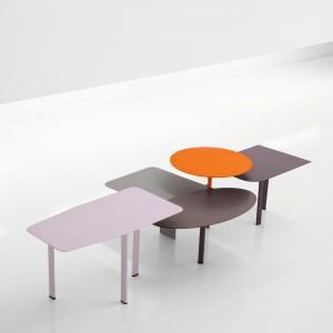 Różnorodność kształtów i kolorów mebli Collage sprawia, że są one prawdziwą dekoracją salonu. Fot. Bonaldo.