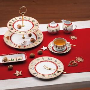Kolekcja Aronda Erzgebirge to nastrojowa porcelana, która w ponadczasowy sposób sięga do tradycji świąt. Mikołaj, anioły, ołowiany żołnierzyk, dziadek do orzechów i trzej królowie to podstawowe motywy dekoracyjne na białej porcelanie. Urokliwa propozycja dla miłośników tradycyjnych wzorów. Fot. Kahla.