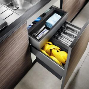 Blancoselect 60 z 2 koszami Orga z dodatkową szufladą na przechowywanie detergentów. Ok. 750 zł, Blanco/Comitor.