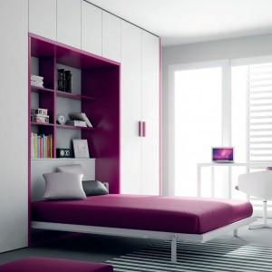 Obszerne łóżko Practical sprawdzi się także w małżeńskiej sypialni. Fot. Ros.
