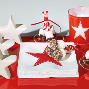 Zakup świątecznych dekoracji to inwestycja na wiele lat. Boże Narodzenie obchodzimy przecież co roku. Fot. Paper+Design.
