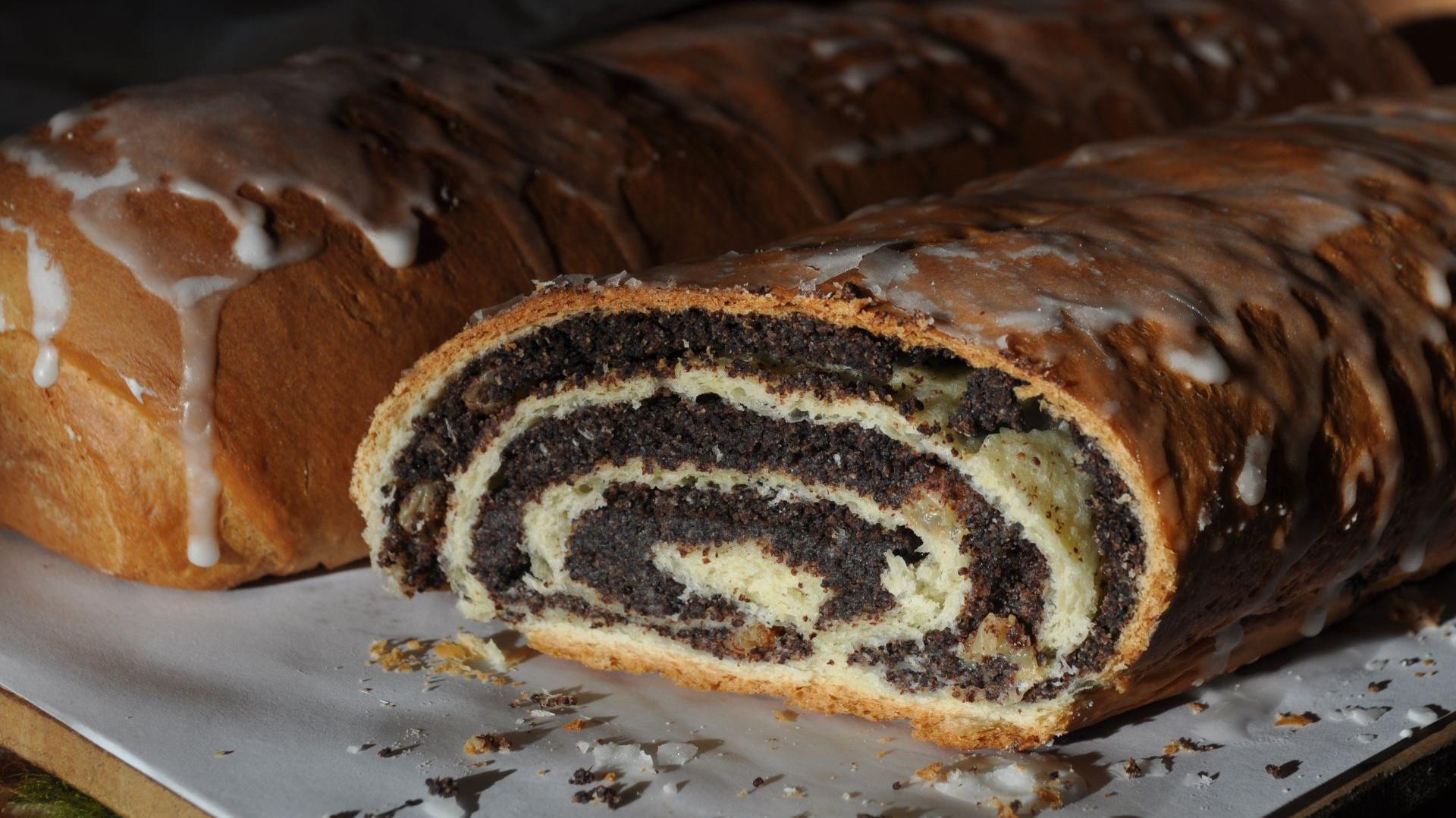 Makowiec to tradycyjne polskie ciasto pieczone w okresie Bożego Narodzenia. Fot. Radosław Kożuszek.