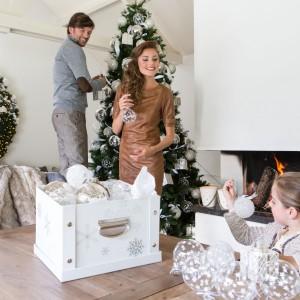 Bombki i dekoracje z oferty marki House&More zapewnią niepowtarzalną atmosferę na święta. Fot. House&More.
