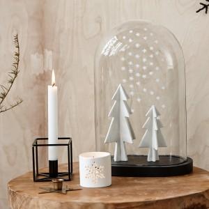 Dekoracje z oferty marki Hubsch podkreślą magię białych świąt. Fot. Hubsch.