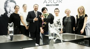 Prawie 400 gości przybyło 24 listopada br. do warszawskiego Studia Koncertowego Polskiego Radia im. Witolda Lutosławskiego, w którym odbyła się premiera kolekcji baterii umywalkowej Axor Starck V, projektu słynnego Philippe Starcka.