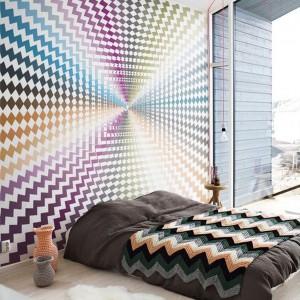 Geometryczny, dynamiczny wzór zainspirowany sztuką op-art. Powtarzający się, geometryczny wzór połączono z ciekawą kolorystyką. Fot. Redro.