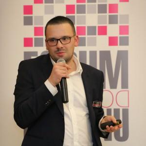 Mini wykład poprowadził Sebastian Kafarski przedstawiciel firmy KAM Wilsonart.
