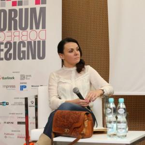 Dyskusje poprowadziła Krystyna Łuczak-Surówka - historyk i krytyk designu, wykładowca warszawskiej ASP, autorka licznych tekstów o designie.