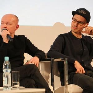 Tomasz Augustyniak - projektant wzornictwa oraz Nikodem Szpunar - projektant wzornictwa, zwycięzca konkursu make me! Łódź Design Festival.