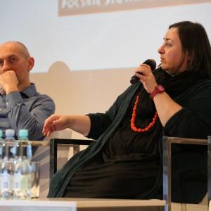 Piotr Wełniak - architekt wnętrz, projektant wzornictwa, założyciel Grupy Projektowej ETTE oraz Zuzanna Skalska - trendwatcher, operuje w ramach własnej marki 360 Inspiration.