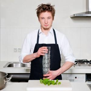 Najważniejsze by gotować z głową i pasją, używając do tego najlepszej jakości mięsa i warzyw, a także naturalnych przypraw bez konserwantów. Fot. Archiwum Grzegorza Łapanowskiego.