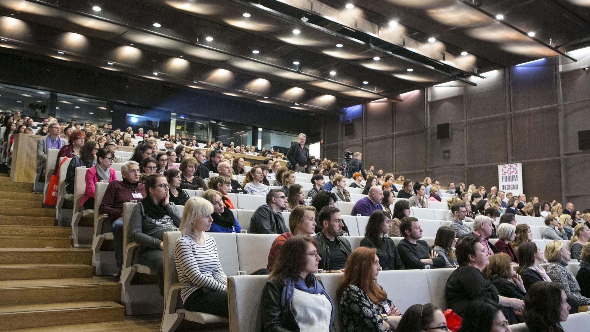 Ponad 700 gości, 40 panelistów, 5 sesji tematycznych, tak można podsumować II edycję Forum Dobrego Designu, która odbyła się 10 grudnia br. Organizotorami tego wydarzenia był magazyn wnętrzarski Dobrze Mieszkaj oraz portal dobrzemieszkaj.pl. Fot Bartosz Jarosz