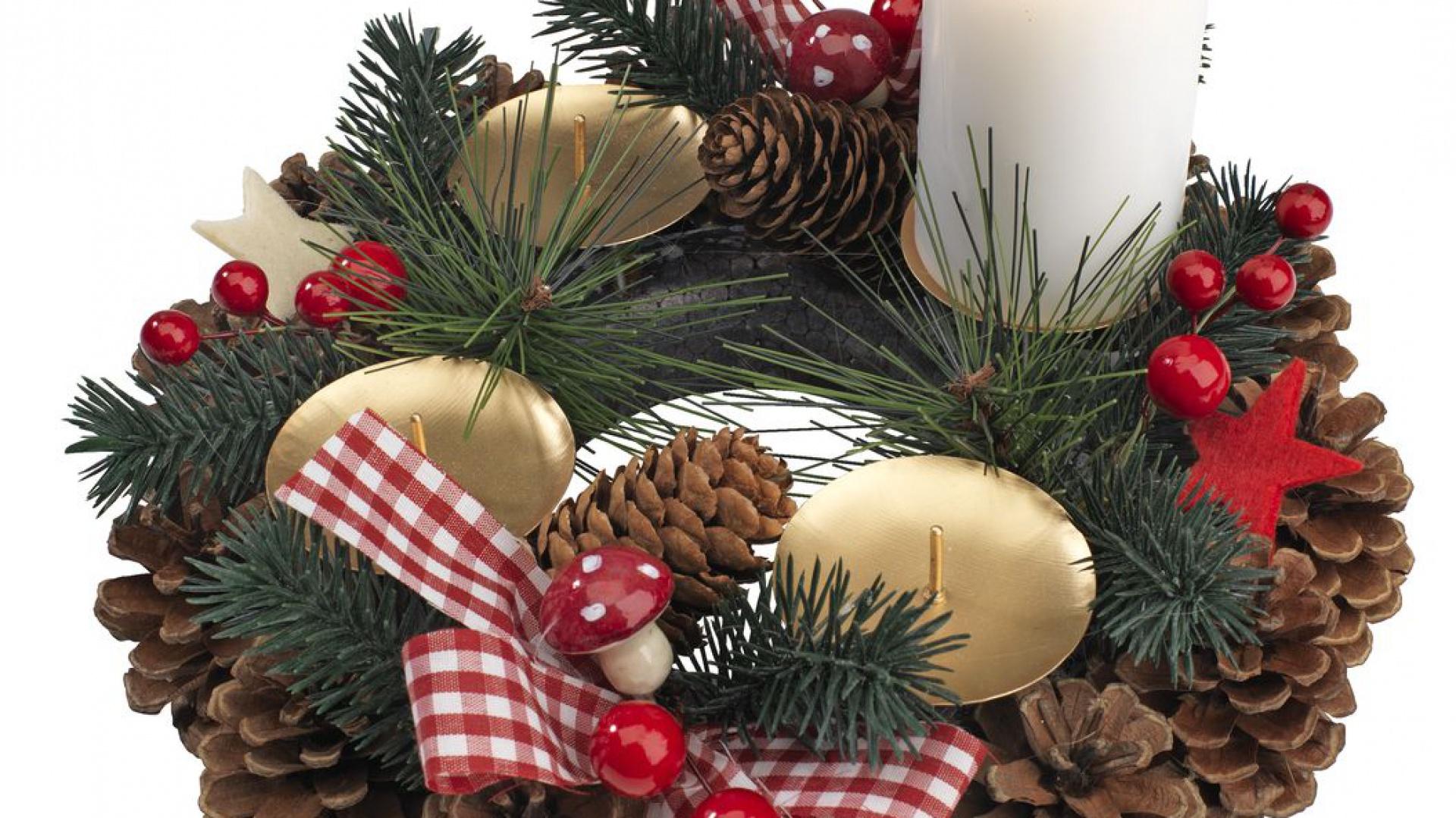 Tradycyjne Boże Narodzenie Postaw Na Dekoracje W Czerwonym