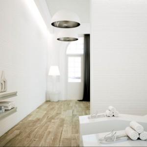 Vesubio marki Grespania to płytki z ciekawą fakturą, na której zastosowano motyw dekoracyjnych poziomych pasów. Fot. Vesubio.