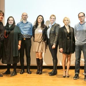W debacie podczas sesji inaugurującej 2. edycję Forum Dobrego designu wzięli udział: Oskar Zięta, Zuzanna Skalska,Piotr Wełniak, Dorota Warych, Dominika Rostocka, Natalia Nguyen, Mikołaj Wierszyłłowski oraz Maja Ganszyniec.