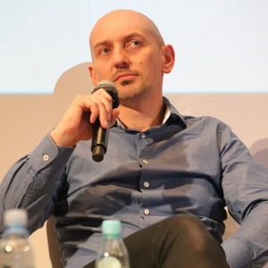 """""""Dla architekta i projektanta technologia to wsparcie, ale w życiu codziennym będziemy jej mieć coraz mniej"""" - mówił Piotr Wełniak."""