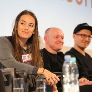 Podczas dyskusji nie zabrakło wesołego nastroju, ale też burzliwej wymiany zdań. Fot. Bartosz Jarosz.