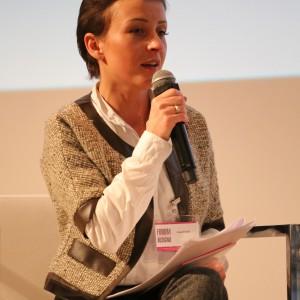 """Moderatorka debaty Ula Michalak przytoczyła między innymi słowa Tomka Rygalika, który powiedział, że """"Polski design, to design zaradny"""". Co na to odpowiedzieli paneliści? Fot. Bartosz Jarosz."""