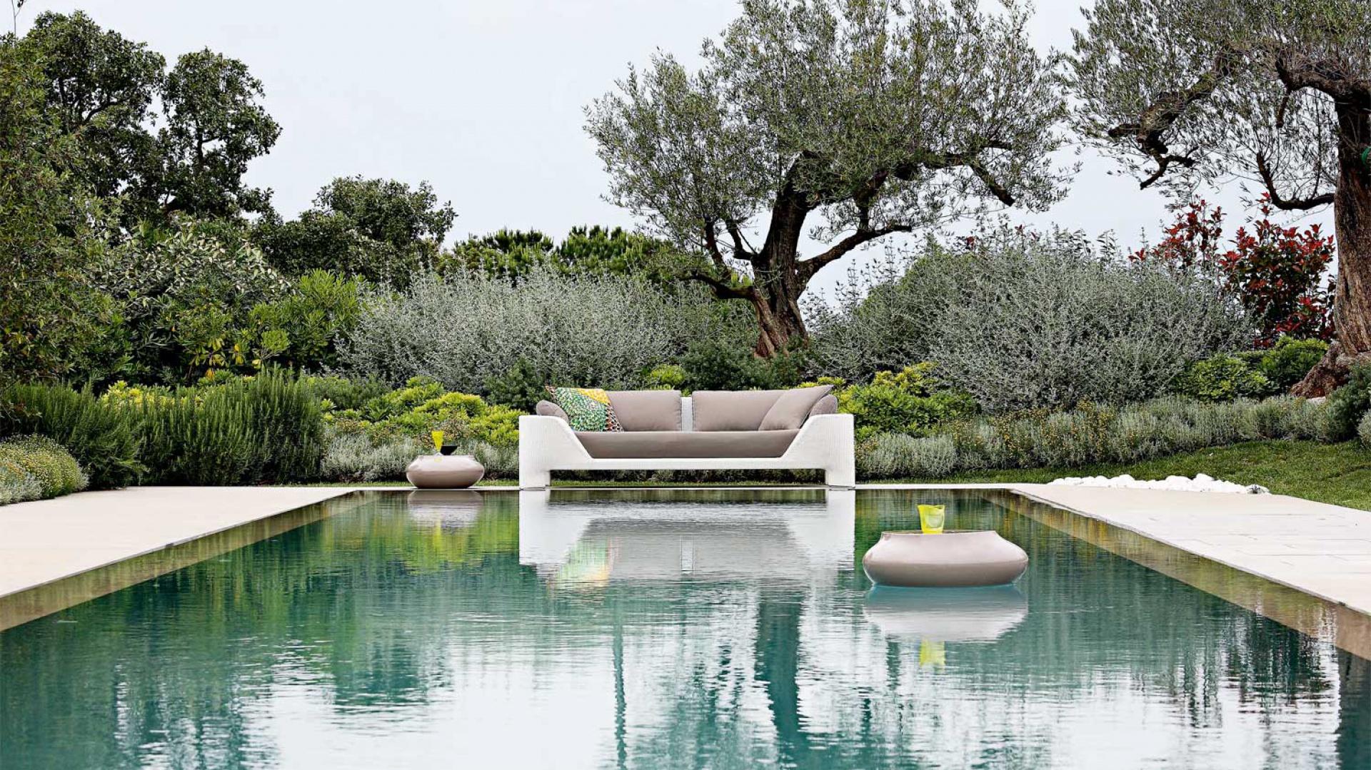 Piękny ogród w otoczeniu...  Woda w ogrodzie - ciekawe pomysły na aranżację  Strona: 9