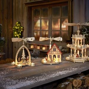 Drewniane, dekoracyjne świeczniki świąteczne z oferty marki Tchibo.