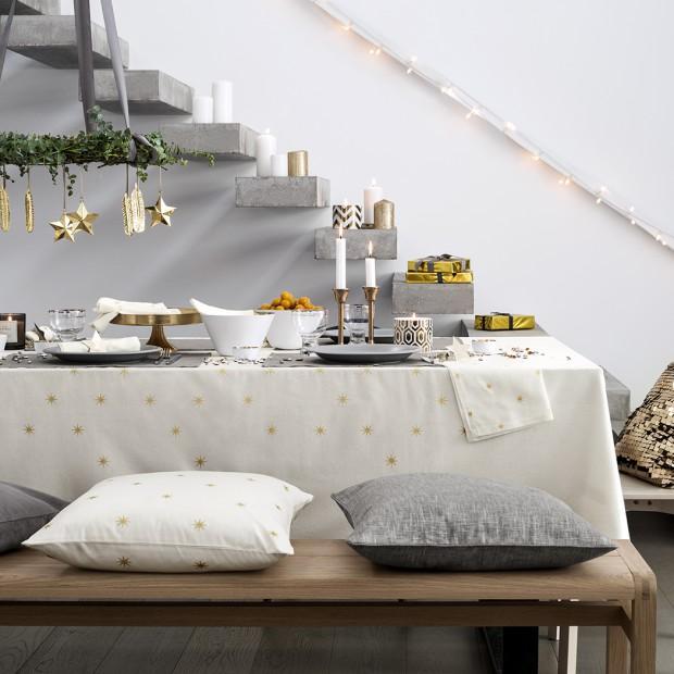 Elegancja i minimalizm. Odświętne aranżacje stołu na Sylwestra
