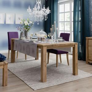 Kolekcja Anmut My Colour Villeroy&Boch pozwoli stworzyć barwne i eleganckie aranżacje karnawałowego stołu. Kolorystykę wybranych zastaw uwydatnią oryginalne obrusy, serwety, rośliny i dekoracje – w typowo świątecznym albo bardziej egzotycznym stylu. Fot. Villeroy&Boch.