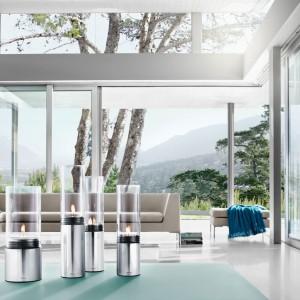 Szkło i metal to atrybuty współczesnych, okazałych budynków. Maksymalna ilość przeszkleń ma swoich fanów szczególnie wśród młodych inwestorów. Fot. Blomus.