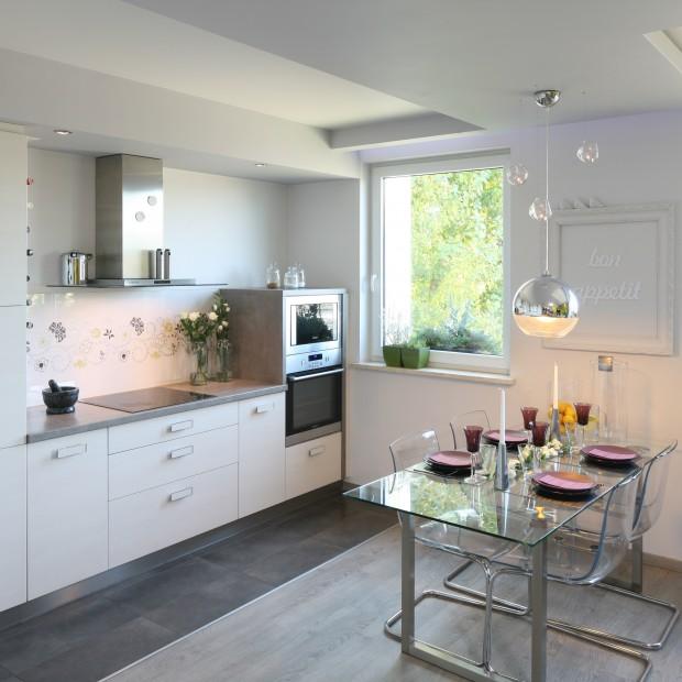 Kuchnia w bieli. Najpiękniejsze aranżacje z polskich domów