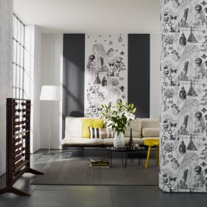 Ściana wykończona tapetą Women marki Marburger Tapetenfabrik wygląda, jak gdyby artysta ozdobił ją własnoręcznie ołówkiem. Motywem przewodnim dekoracji jest młoda kobieta z rozpuszczonymi włosami. Fot. Marburger Tapetenfabrik.