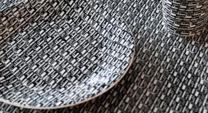Zobaczcie jak prezentują się nowe wzory Oskara Zięty, które stworzył specjalnie dla Manufaktury bolesławieckiej – fabryki ceramiki. Prezentujemy je naszej galerii zdjęć.
