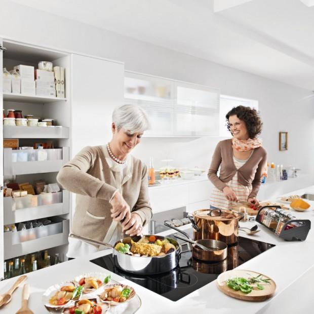 Praktyczne przechowywanie w kuchni. 15 sprawdzonych pomysłów