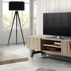 Szafka pod telewizor marki La Forma praktycznymi półkami, na których można ustawić sprzęt DVD lub płyty z filmami. Fot. Le Pukka.