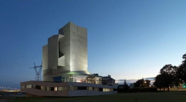 Zobacz polskie obiekty nominowane do Mies van der Rohe 2015