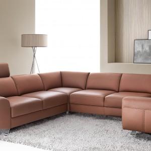 Kolekcja System Pi, projektu Roberta Kowalczyka, to komfort obliczony co do centymetra. Współczesny wygląd meble zawdzięczają oszczędnym, zrównoważonym bryłom, które podkreślają charakter każdego wnętrza. Fot. Etap Sofa.