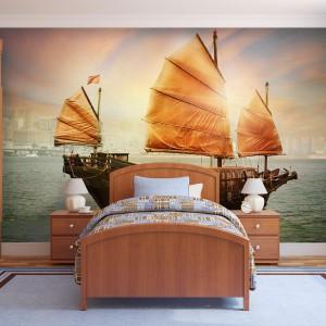 Słoneczny, ciepły, bardzo klimatyczny dekor fototapety idealny do sypialni nastolatka lub - przy doborze odpowiednich mebli - małżeńskiej. Świetnie będą do niej pasowały błękitne dodatki tekstylne. Dostępna w sklepie Demural, cena w zależności od rodzaju materiału i wymiarów. Fot. Demural.