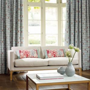 Zasłony z kolekcji Markien marki Villa Nova mogą być dekoracją okien wnętrza inspirowanego stylem skandynawskim. Fot. Villa Nova.