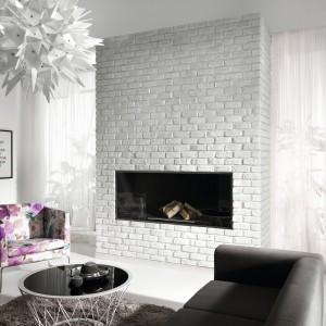Biała cegła dekoracyjna z kolekcji Retro idealnie podkreśli stylowy charakter wnętrza. Fot. Incana.